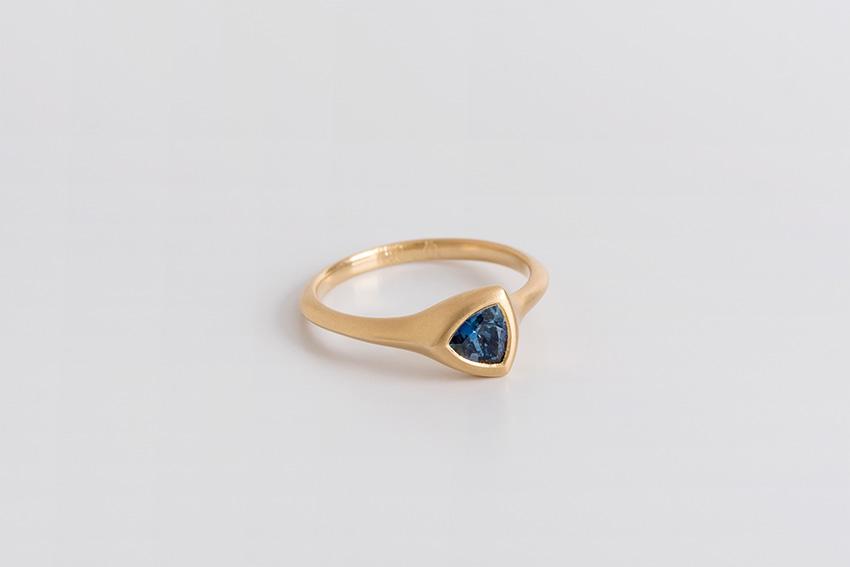 טבעת ספיר טריליון