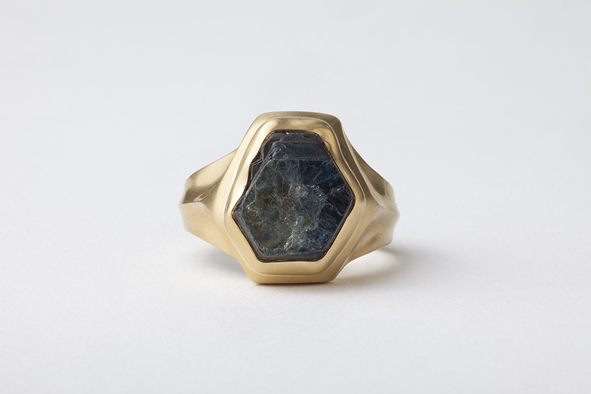 טבעת ספיר גלם