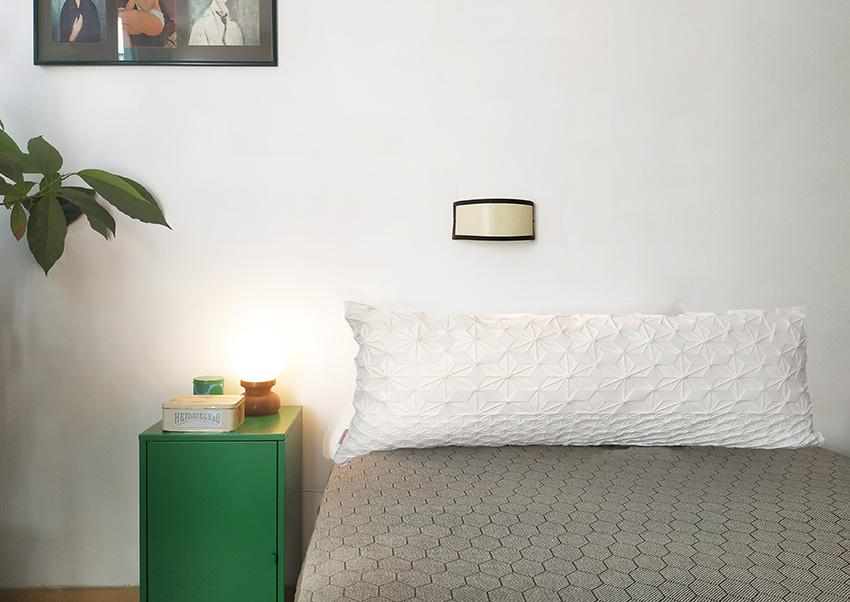 Creme Lumbar Bed Pillow – XL