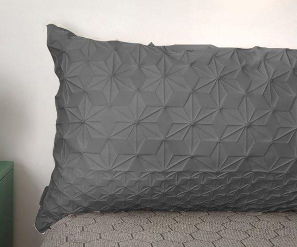 כרית גב למיטה אפור