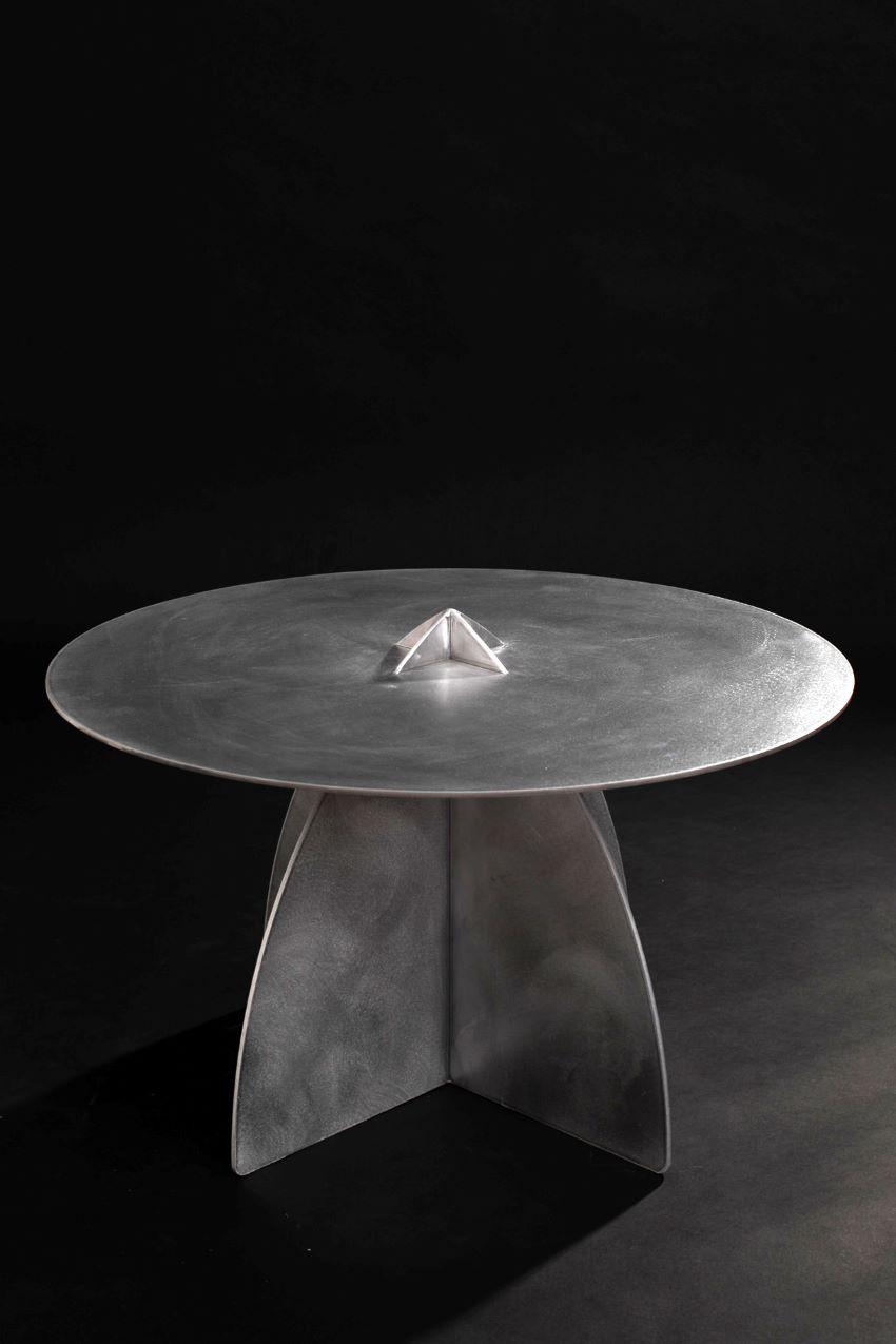 שולחן יפואי נמוך – אלומיניום