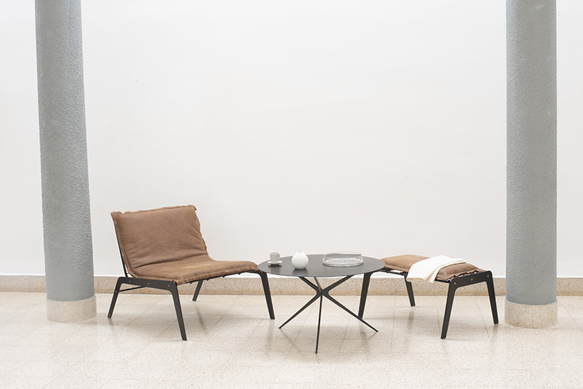 Lounge & Ottoman_01