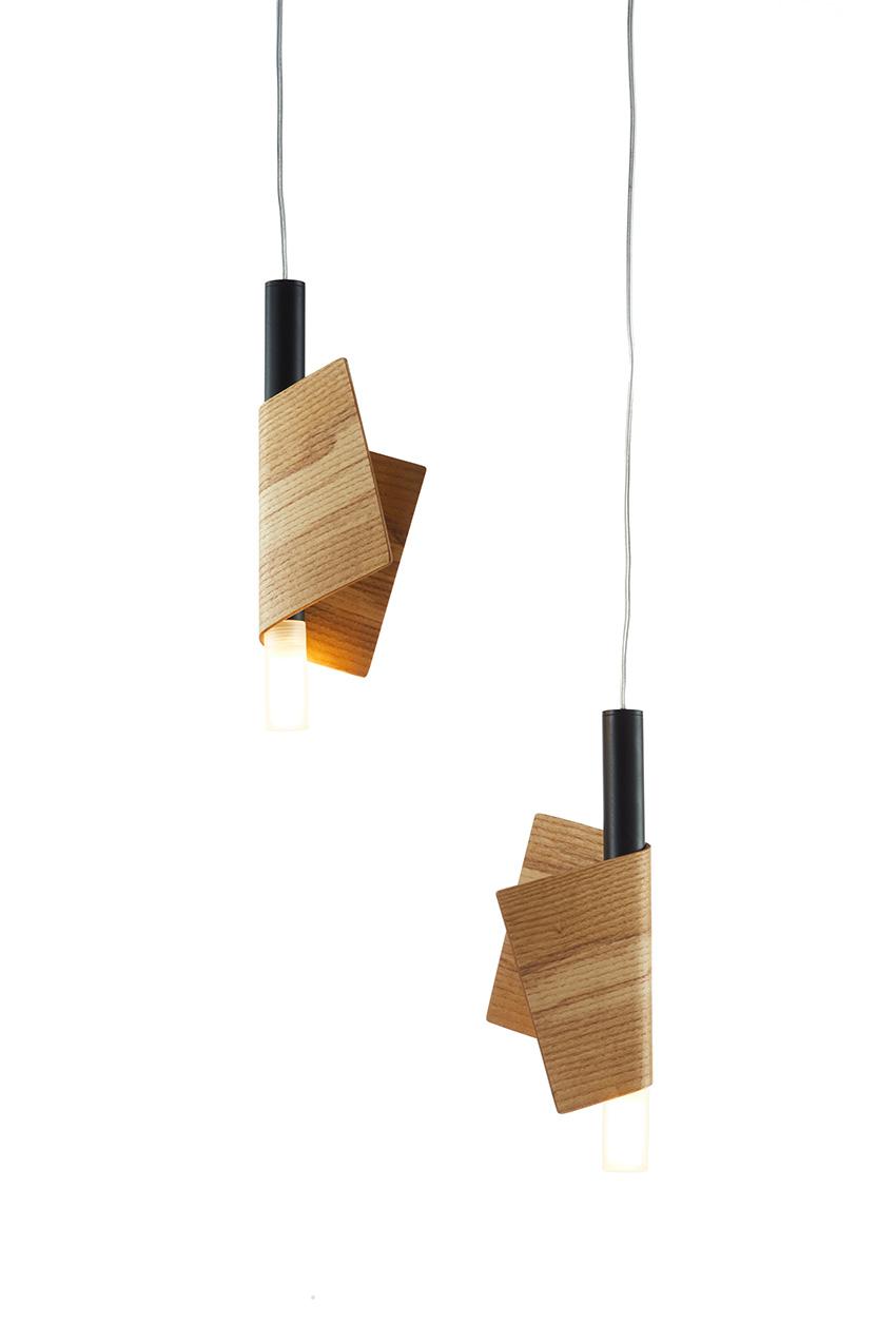 פפה – עץ בהיר גוף שחור