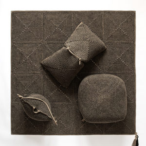 Double Cushion – Granite