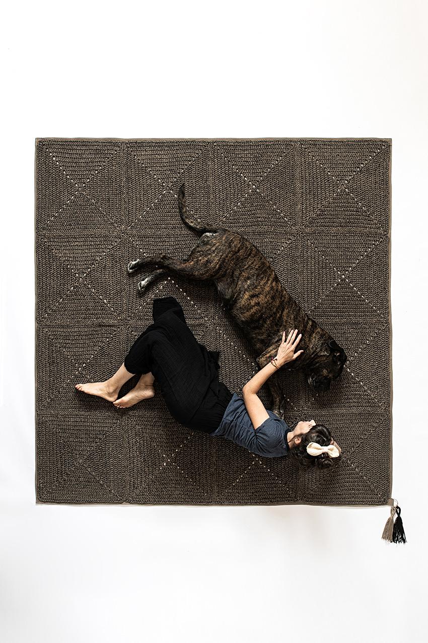 שטיח ריבועי סבתא – גרניט