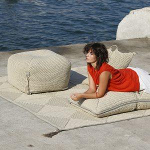 Double Cushion Sand