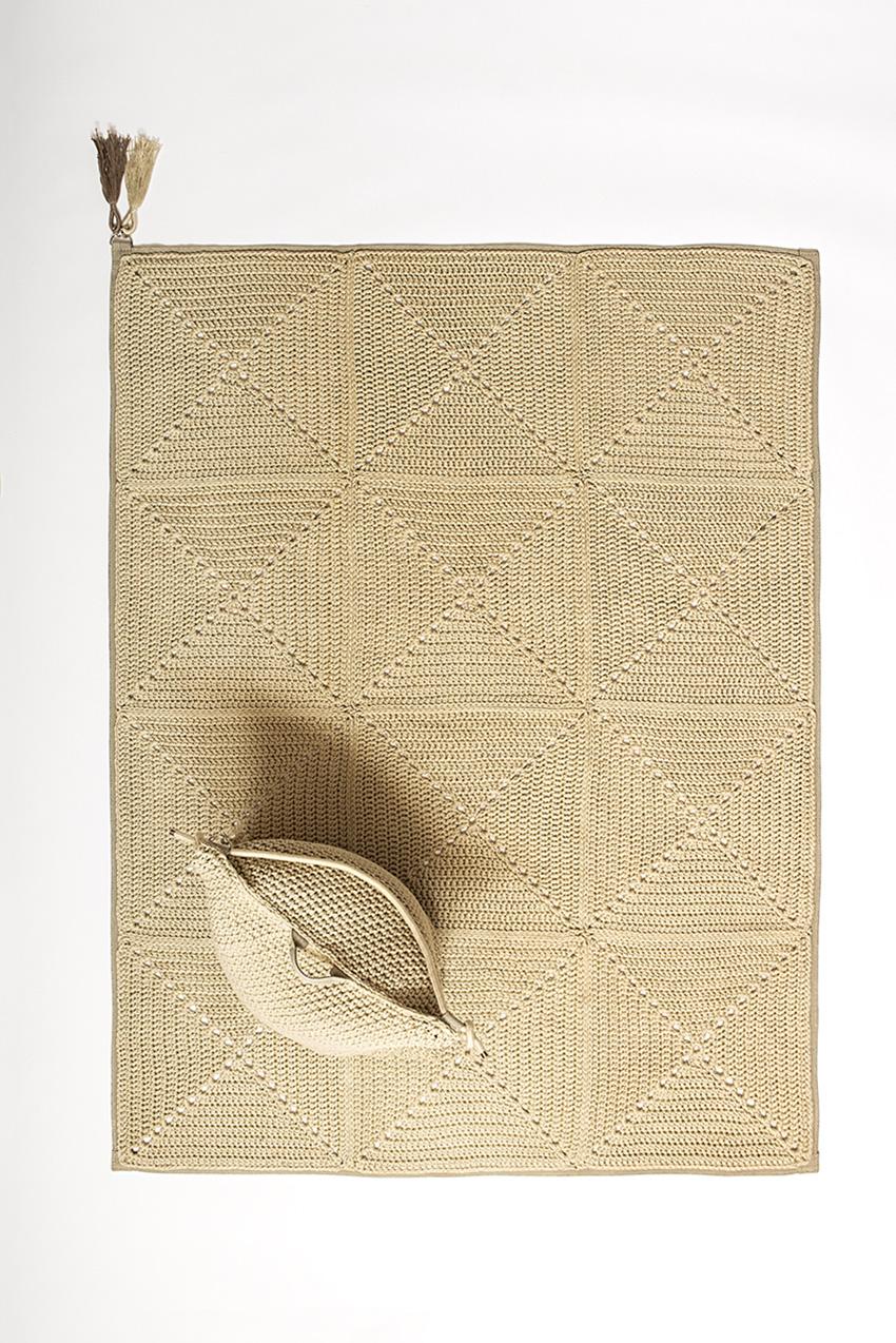 שטיח ריבועי סבתא – חול